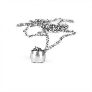 Lotus Barrel Chain Necklace